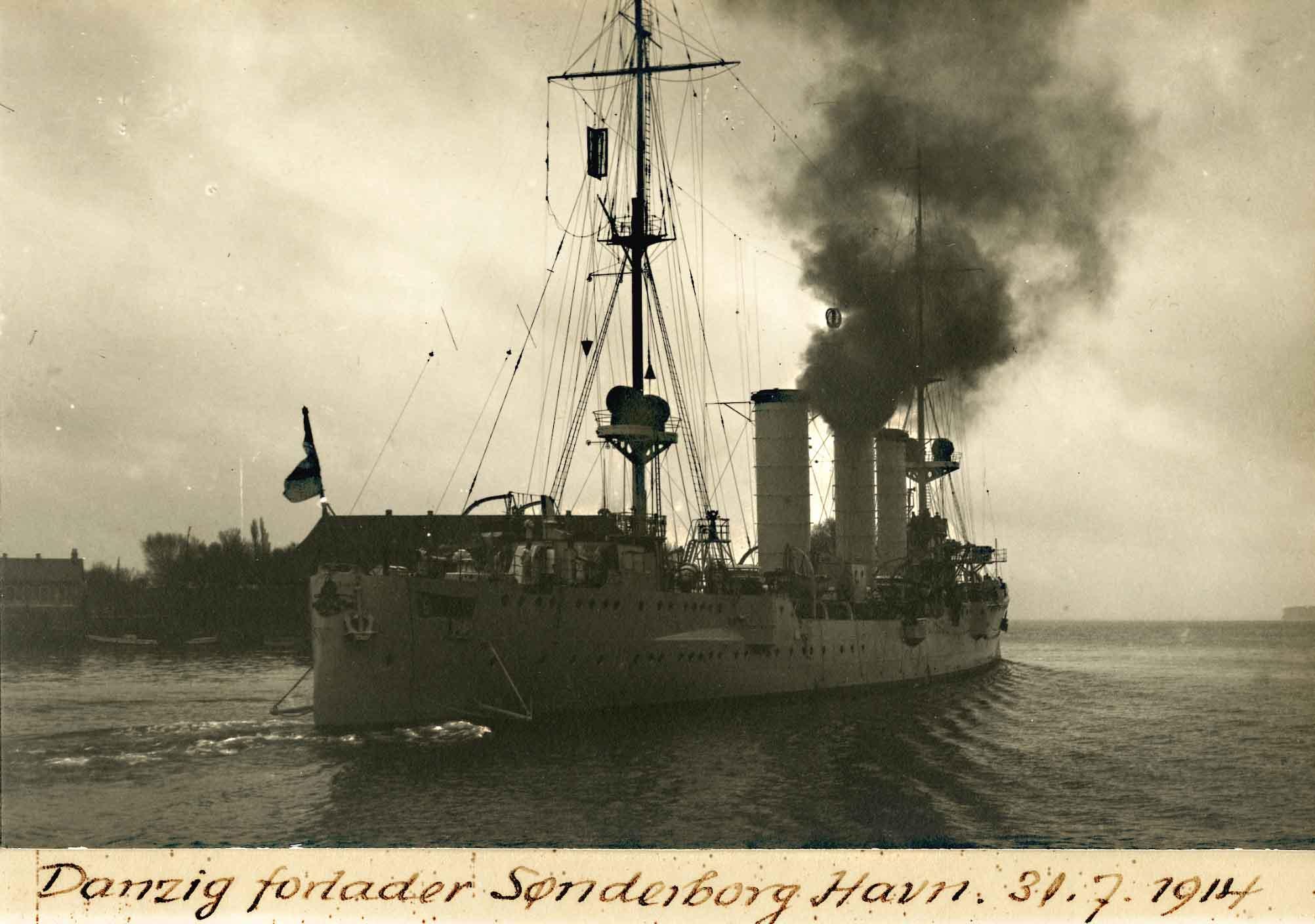 30. juli 1914. Krigsskibene forlader Sønderborg havn