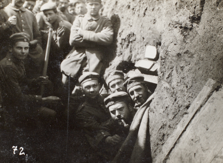 28. oktober 1914. Skyttegrave gøres vinterklar