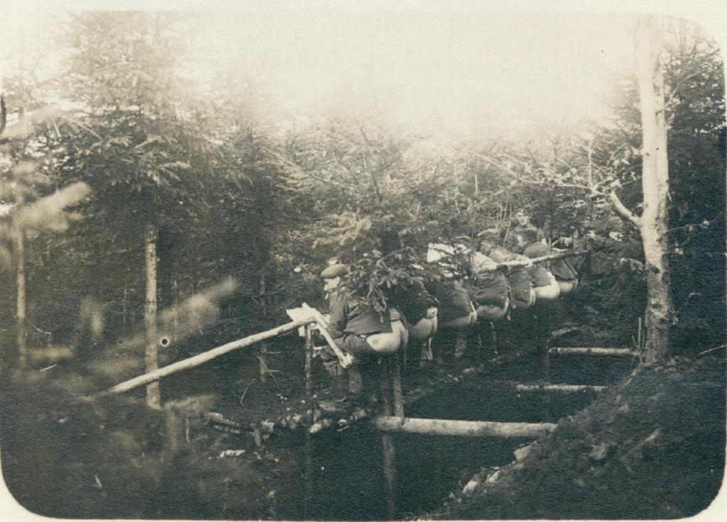 12. juni 1917. Soldaterhumor: Hvordan man tager røven på en Feldwebel