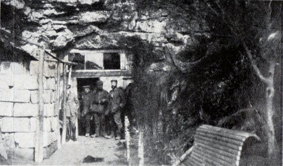 """3. april 1917. Klippehulens loft styrtet sammen: """"Som fladtraadte Frøer laa de stakkels Mennesker inde under Stenkolossen"""""""