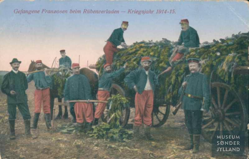 """19. april 1917. Franske fanger synger """"Marseillaisen""""."""