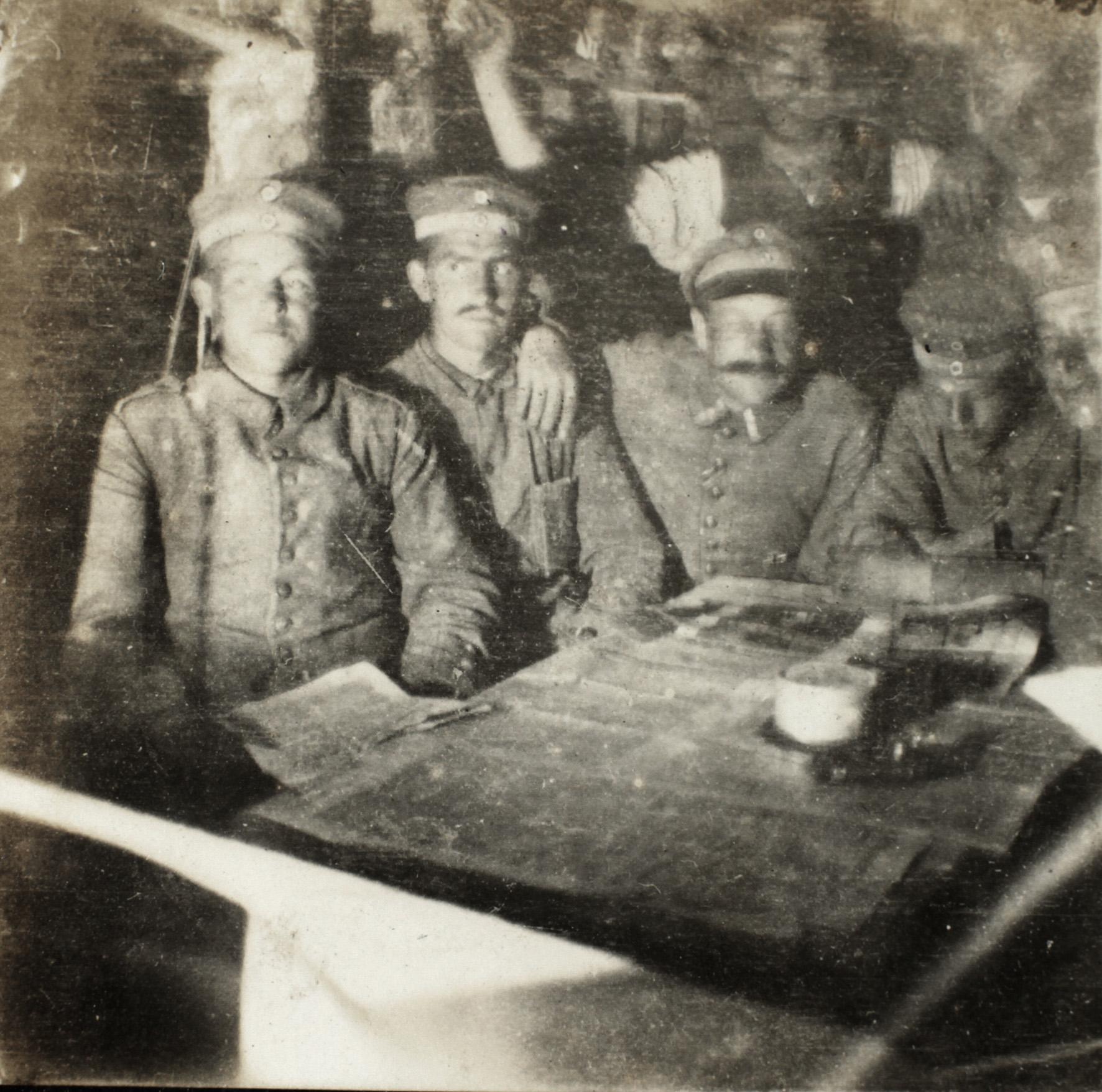15. juni 1915. Hans Petersen tæt på nervøst sammenbrud