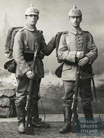 Paul Heinrich August Otto Kersten (1897-1915) (til venstre) og hans bror Carl Friedrich Franz Kersten (1893-1916) begge Sønderborg