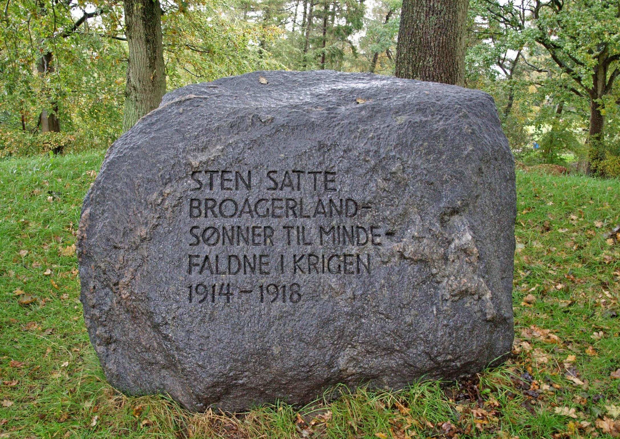 Mindesten, Broager Kirkegård