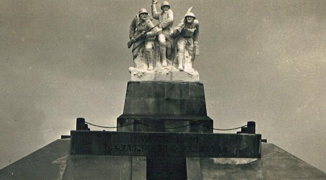 """4. maj 1916. """"Navarin-stormerne"""" til parade for kejseren"""