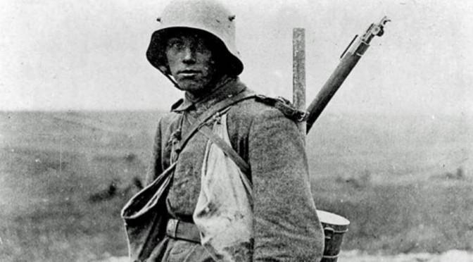 """14. maj 1916. Ved Højde 304: """"Det sidste, de sitrende Læber mumlede var: 'Mor!'."""""""