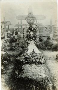 Peter Duus´ gravsted i 1916. Originalt foto i privat eje,