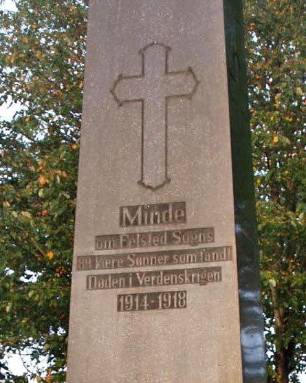 Detalje af mindesten, Feldsted Kirkegård