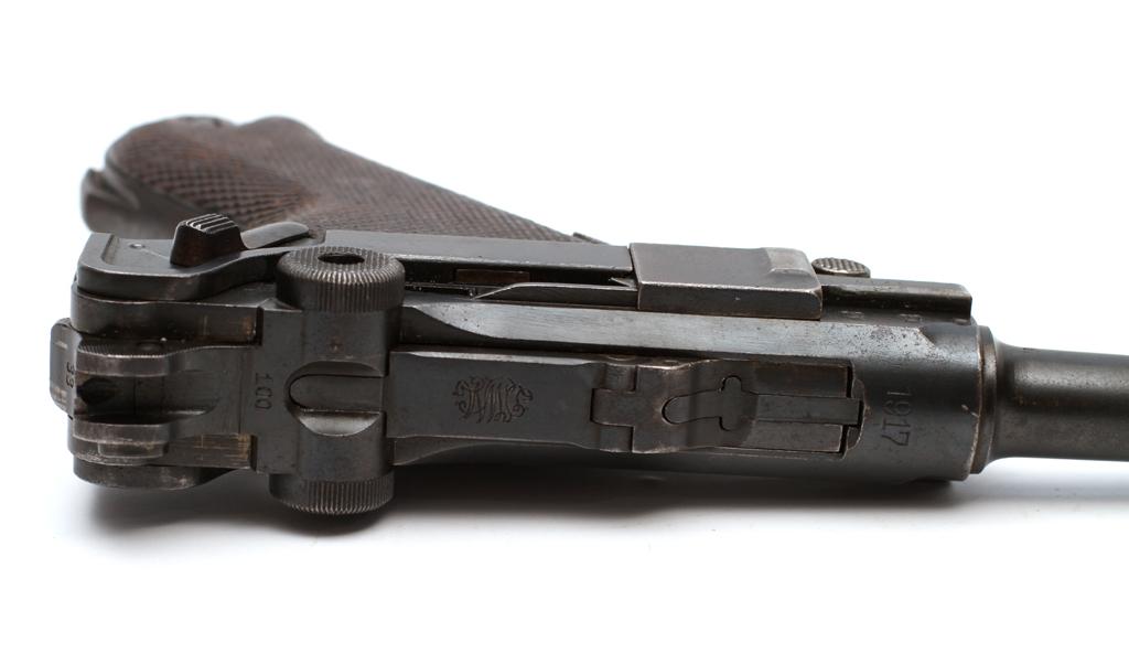 Den tyske marines standardpistol P04 (Museum Sønderjylland - Museet på Sønderborg Slot)