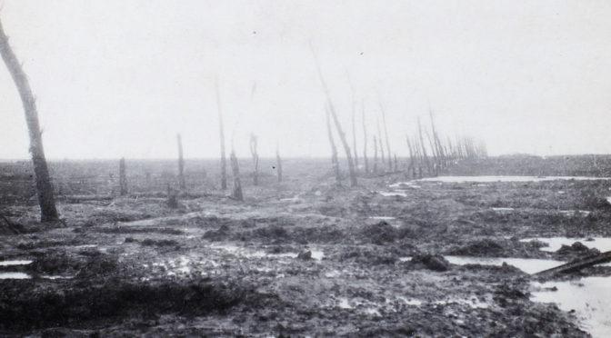 """12. august 1917 – Johannes Ankersen: """"I mange granatkratere lå ligene af de faldne"""""""