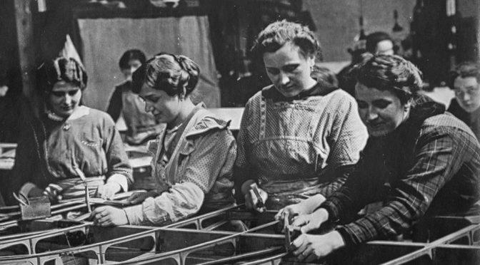7. august 1917 – Flensborg Avis: Tyske kvinder! Øv selvtugt i brevene.