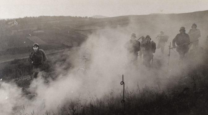 """17. oktober 1917. Fire dages tørst ved Passchendaele: """"Det var, som vore Ganer og vort Svælg fyldtes med en brændende, klæbrig Masse …"""""""