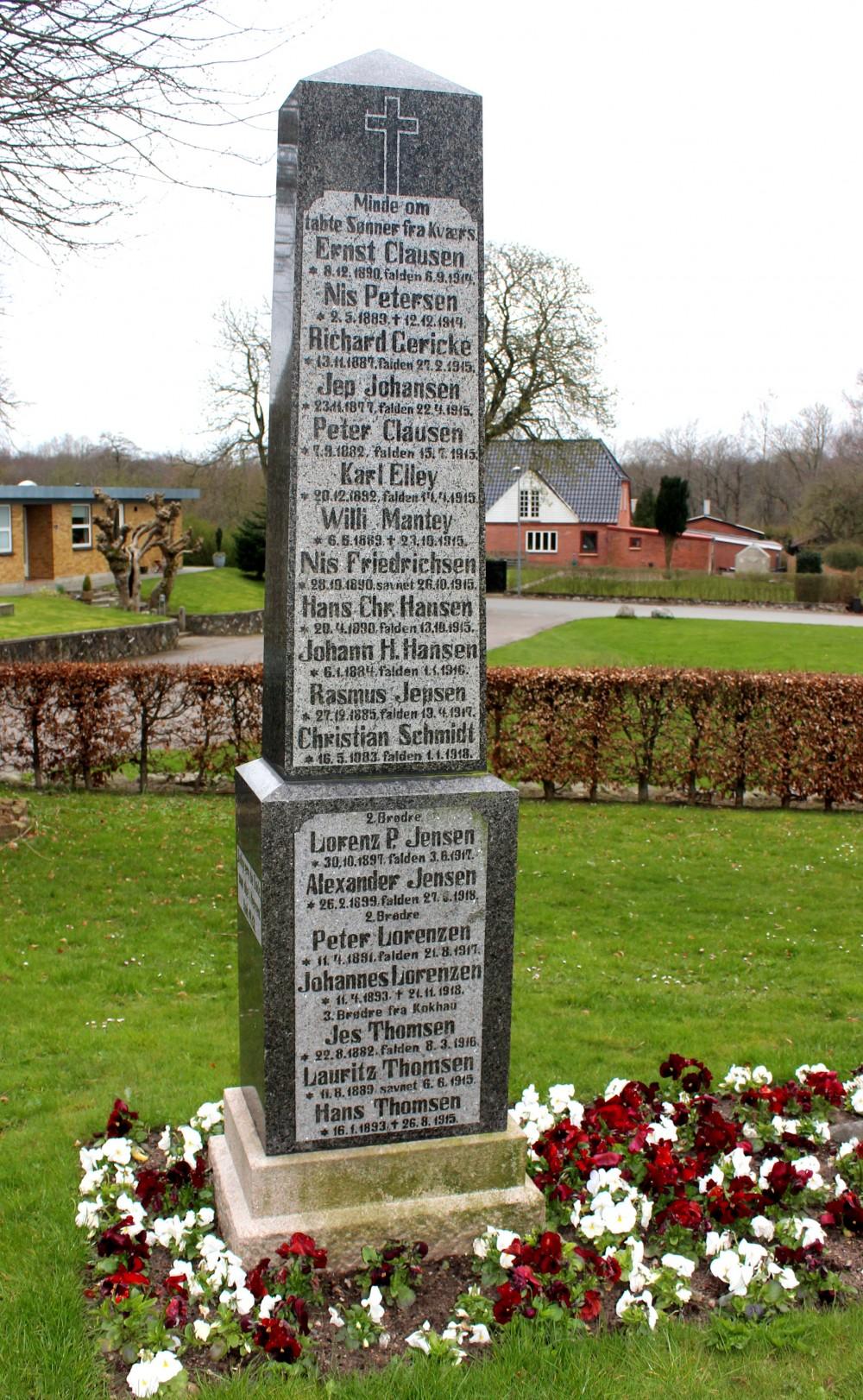 Mindesten, Kværs Kirkegård