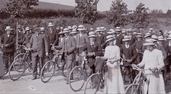 25. maj 1914. Nordslesvigsk Ungdomsforening på udflugt til Dannevirke