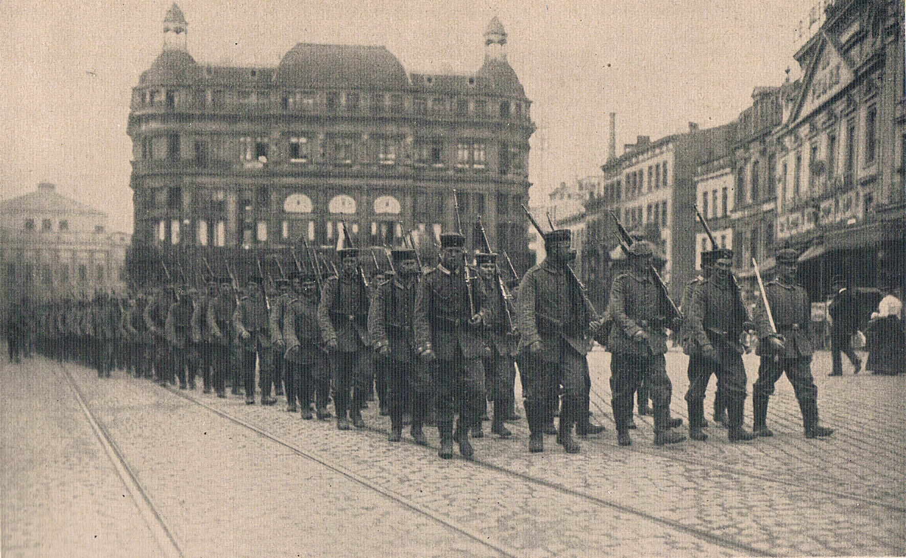 15. august 1914. Regiment 86 marcherer fra Liege