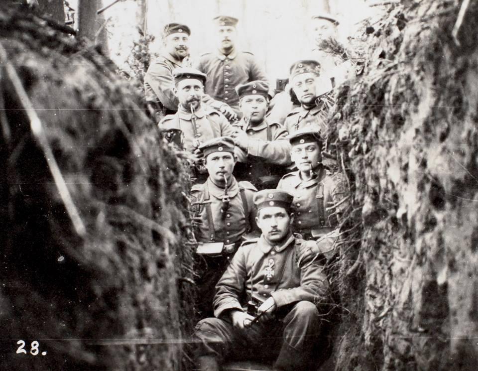 "21. september 1914. Skyttegravsliv: ""Snart var jeg gennemblødt over hele kroppen."""