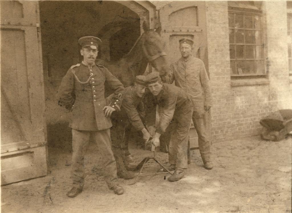 28. juni 1918. På tyvetogt efter kløver til de sultne heste