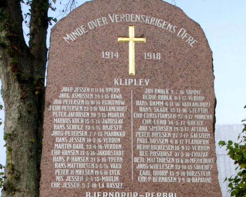 Detalje af mindesten, Kliplev Kirkegård