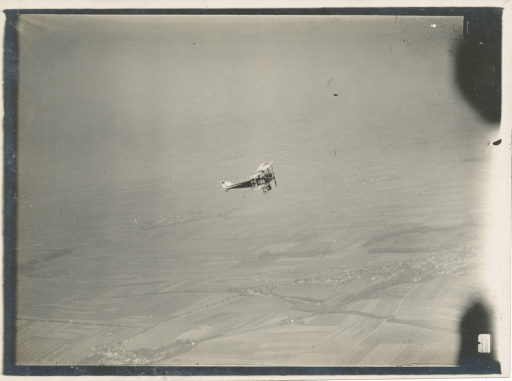 """10. august 1916. """"… næste gang ved vi, at det gælder."""" Under flydirigeret artilleriild ved Verdun"""