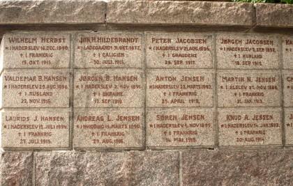 Mindesten, Haderslev Klosterkirkegård