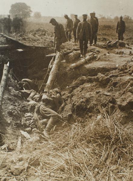 13. juni 1917. Mathias Møller i Galizien: På patrulje mellem 2.000 opløste lig