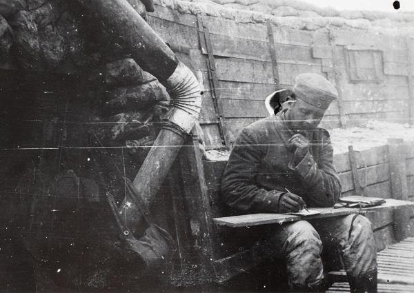 """1. juni 1915 – Peter Østergård: """"… alle 3 ved at skrive"""""""