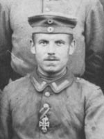 "19. juni 1915 – Nicolai Clausen: ""80 mand tilbage i vor Kompagnie"""