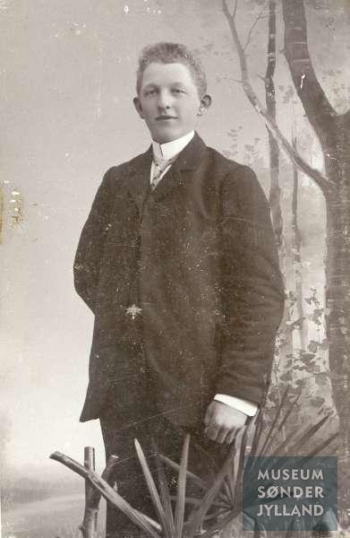 Christian Thomsen (1893-1915) Nymølle, Egen