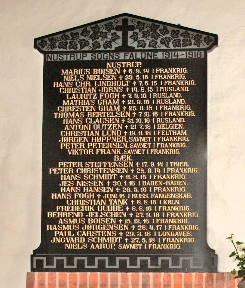 Mindetavle. Nustrup Kirke. 2 brødre Gram, som faldt i krigen
