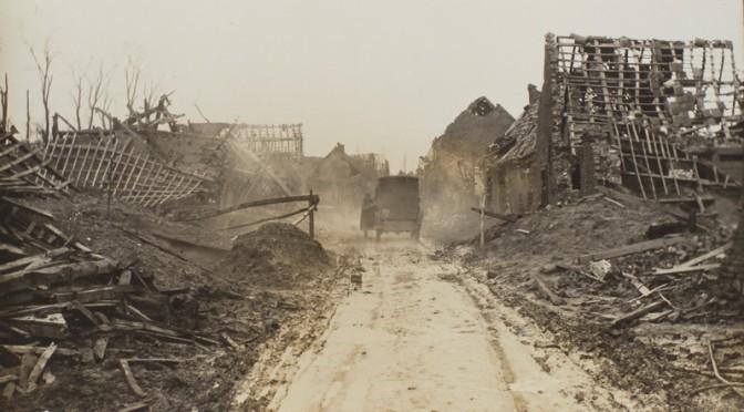 """21. november 1915 – Peter Østergård: """"Vi sidder som kineserne …"""""""