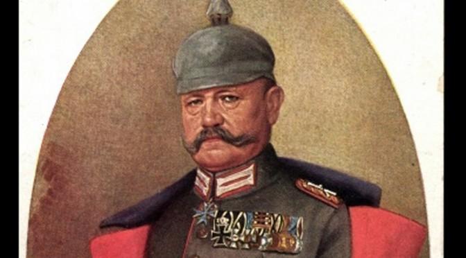 """20. December 1918. """"Danskerregimentet"""" oplever æren af at marchere forbi generalfeltmarskal von Hindenburg på vej hjem."""