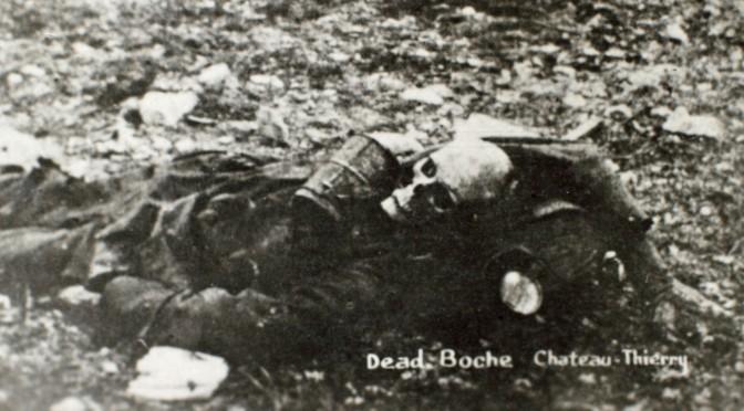 """24. januar 1916. Slut med fraterniseringen: """"Fændrikken blev hængende såret i pigtråden i to dage."""""""