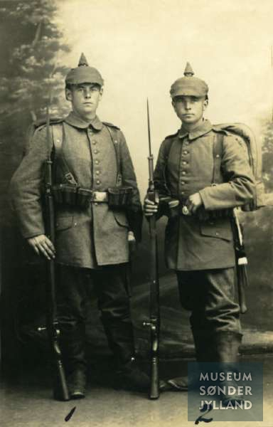 Brødrene Peter Andersen (1895-1916) og Hans Andersen (1897-1916) Lysabild