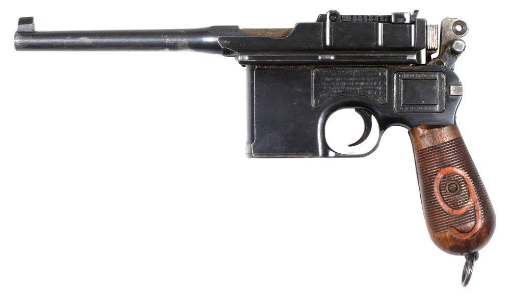 Den tyske semiautomatiske pistol Mauser C96 (Museum Sønderjylland - Sønderborg Slot)