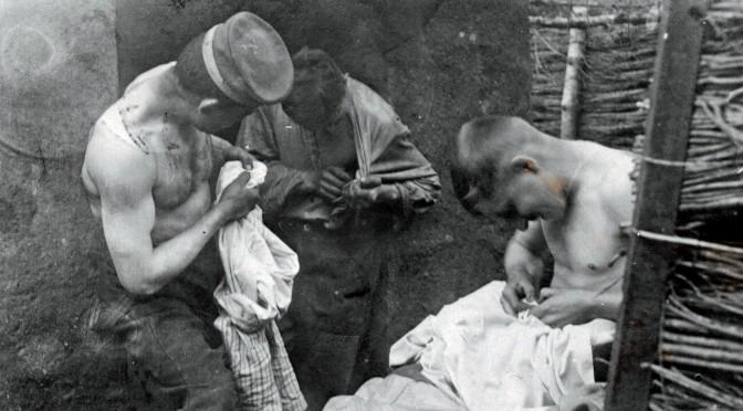 10. april 1917. Dagens fangst: 164 lus på én kammerat