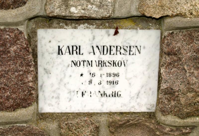 Mindesten, Normark Kirkegård