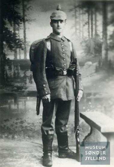 Jørgen Petersen (1896-1916) Miang, Hørup