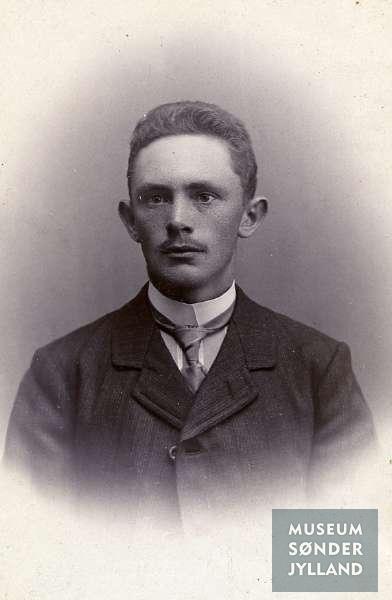 Hans Philipsen (1890-1916) Bojskovskov, Adsbøl