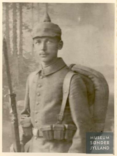 Jes Hymøller (1895-1916) Blans, Ullerup