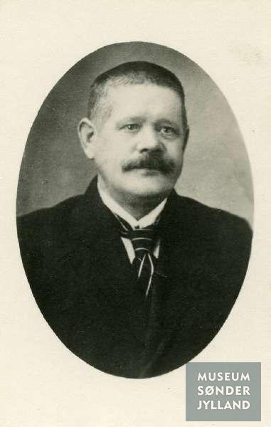 Julius Auerbach (1870-1916) Gråsten