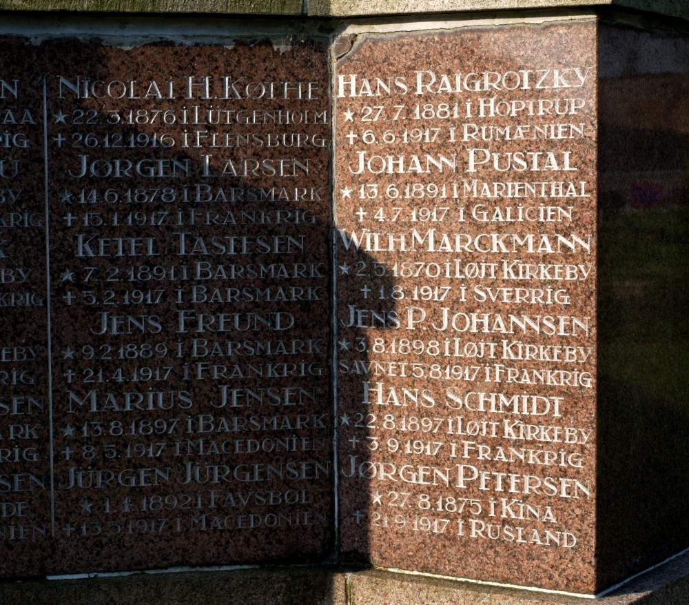 Del af mindesten, Løjt Kirkegård