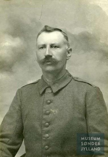 Jens Fogt (1873-1916) Sebbelev, Ketting