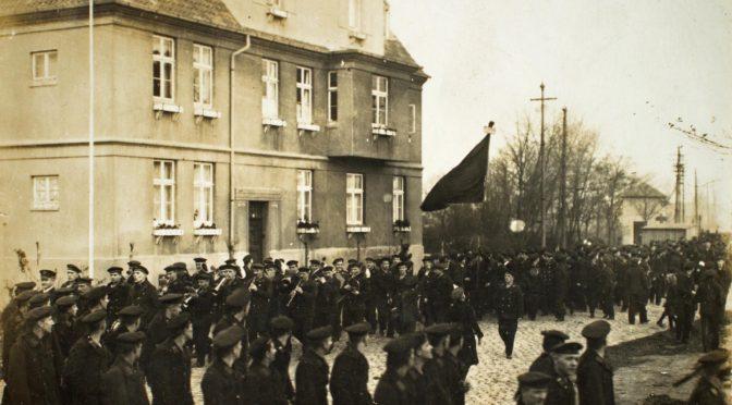 6. november 1918. Officererne i Wilhelmshaven får røg