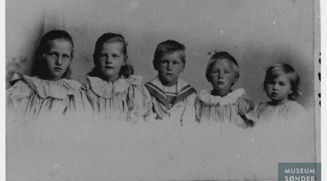 Hør Ingeborg Refslund Thomsen fortælle om sønderjyske børns og kvinders vilkår under Første Verdenskrig