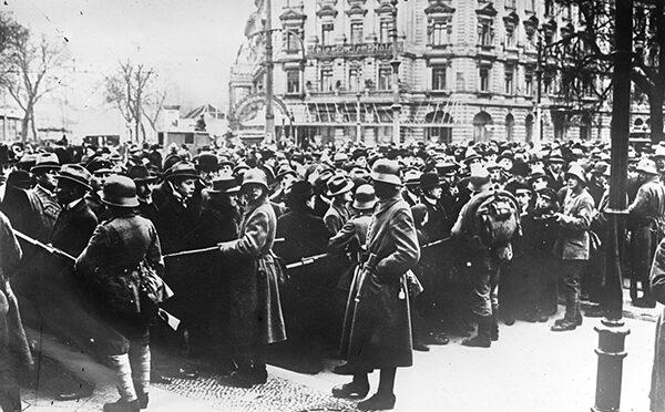 13. marts 1920. Johannes Christensen: Telefonerede fra Nieböll om revolutionen