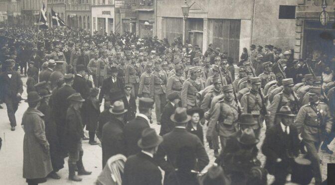 """16. maj 1920. """"Dér talte Nis Nissen til os om krigen. Og mange begyndte at forstå ting, som før kun var anelser."""""""